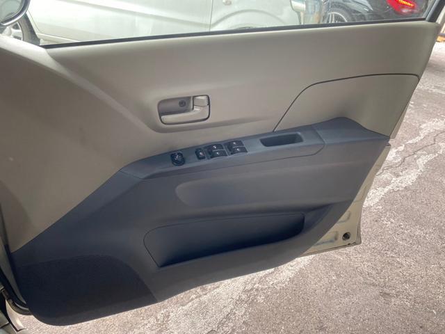 メモリアルエディション CD キーレスエントリー 電動格納ミラー CVT 盗難防止システム 衝突安全ボディ 運転席エアバッグ 助手席エアバッグ(8枚目)