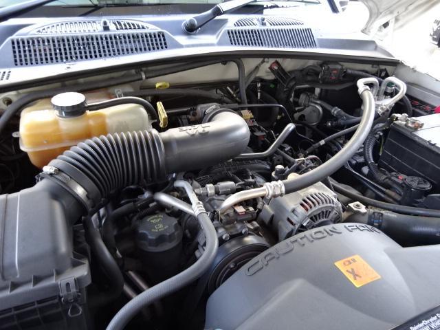 クライスラー・ジープ クライスラージープ チェロキー リミテッドプラス2後期型白革SサンルーフメッキAW背面T