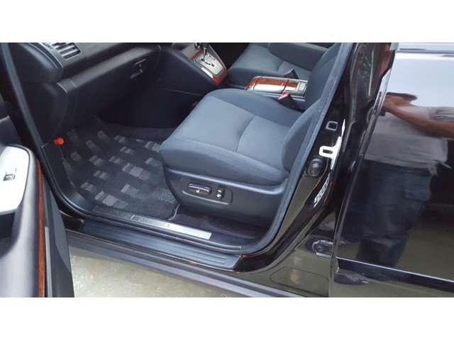 トヨタ ハリアー 240G プレミアムLパッケージ AW キーレス ナビ