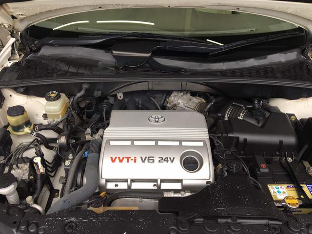 トヨタ ハリアー 300G アルカンターラバージョン タイヤ4本新品 ナビ