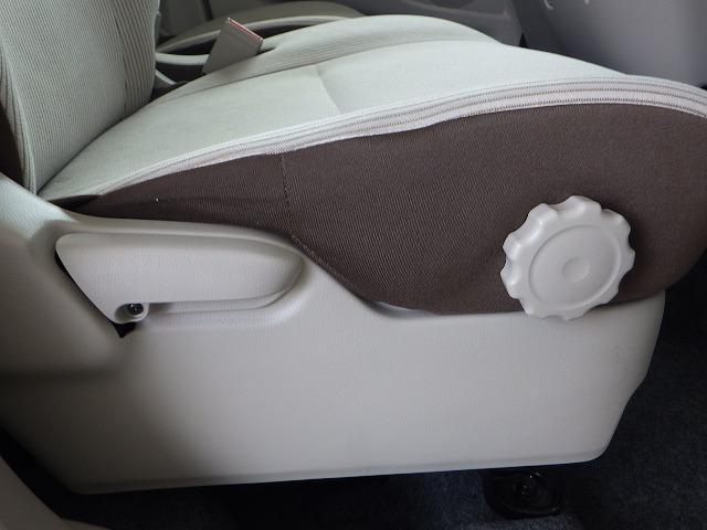 S アイドリングストップ パワーウインドウキーレスエントリー マニュアルエアコンフロントベンチシート2列目シート分割可倒 禁煙車 エアバッグ EBD付ABS レンタアップセキュリティアラーム(15枚目)