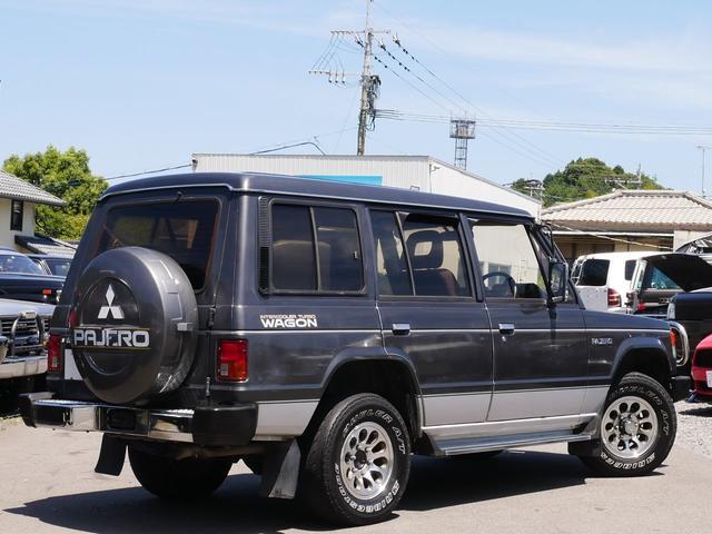 三菱 パジェロ XL タイミングベルト・ウォーターポンプ・ベルト交換