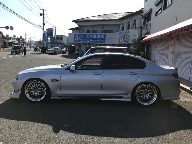528iコンプリートカー サンルーフ 本革シート エアロ(10枚目)