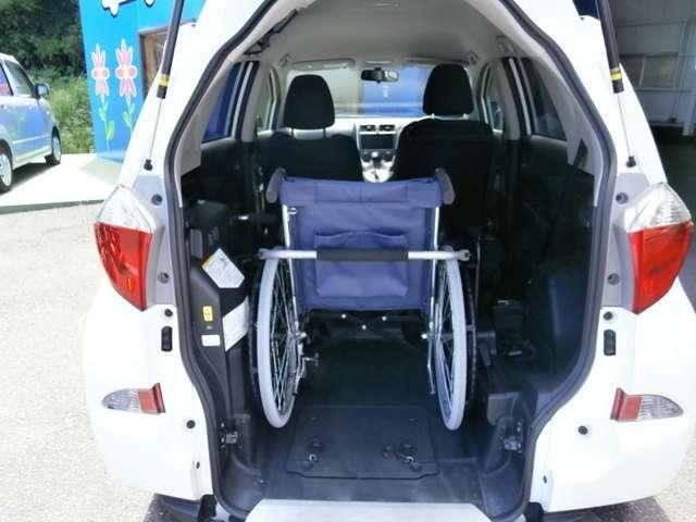 X ウェルキャブ 車いす仕様車スロープタイプ タイプI(3枚目)