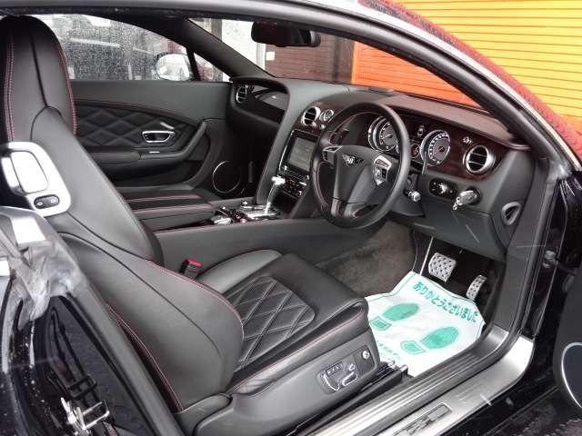 GT 4WD マリナーPKG ディーラー右H 純正21AW ディーラー右H・ダイヤモンドキルトステッチ・21インチ5スポークアルミ・純正HDDナビ・フルセグTV・Bカメラ・プッシュスタート・取説・記録簿・スペアキー(6枚目)