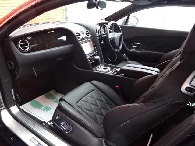 GT 4WD マリナーPKG ディーラー右H 純正21AW ディーラー右H・ダイヤモンドキルトステッチ・21インチ5スポークアルミ・純正HDDナビ・フルセグTV・Bカメラ・プッシュスタート・取説・記録簿・スペアキー(8枚目)