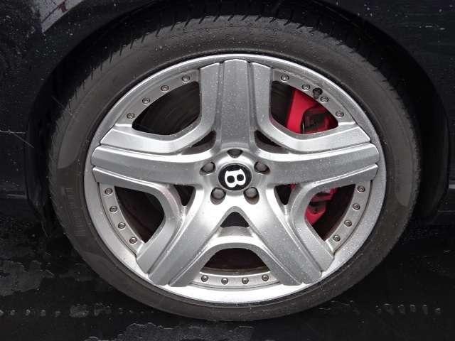 GT 4WD マリナーPKG ディーラー右H 純正21AW ディーラー右H・ダイヤモンドキルトステッチ・21インチ5スポークアルミ・純正HDDナビ・フルセグTV・Bカメラ・プッシュスタート・取説・記録簿・スペアキー(18枚目)