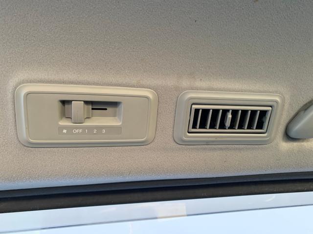 スパーダS Z HDDナビパッケージ 両側パワースライドドア(39枚目)