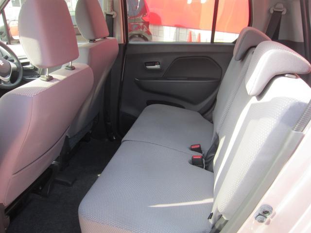 オートエアコンで操作も簡単(^^)車内の温度調節も楽々です。ダイヤル式のマニュアルエアコンより見た目もGOODですね(^o^)