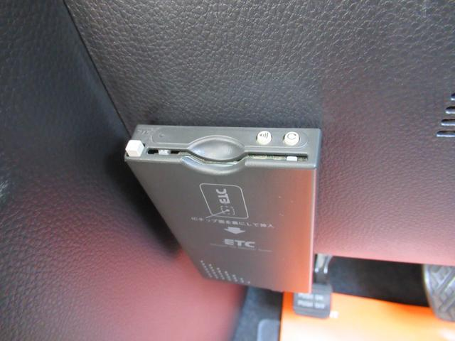 F-Premiumパノラミックルーフ左側パワードアHDDナビ(9枚目)