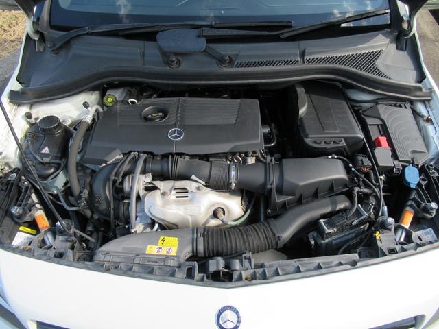 ■エンジン型式270最高出力122ps(90kW)/5000rpm最大トルク20.4kg・m(200N・m)/1250〜4000rpm種類直列4気筒DOHCターボ総排気量1595cc