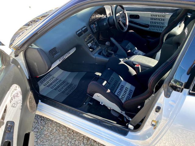 タイプX 5MT/BRIDEセミバケットシート/BRIDEグローブボックス/HPIインタークーラー/BRITZラジエター/BRITZ車高調/SSRエイグルミネルバ18インチ9J10J/D-MAXアーム/(20枚目)