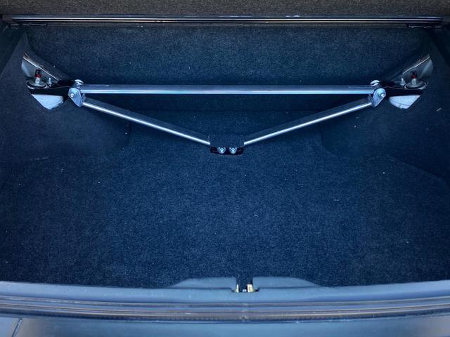 タイプX 5MT/BRIDEセミバケットシート/BRIDEグローブボックス/HPIインタークーラー/BRITZラジエター/BRITZ車高調/SSRエイグルミネルバ18インチ9J10J/D-MAXアーム/(31枚目)
