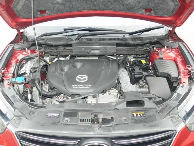 2.2 XD Lパッケージ ディーゼルターボ 4WD 黒革シート エアバック ABS アルミ(3枚目)