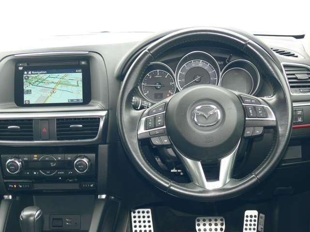 2.2 XD Lパッケージ ディーゼルターボ 4WD 黒革シート エアバック ABS アルミ(4枚目)