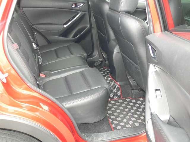 2.2 XD Lパッケージ ディーゼルターボ 4WD 黒革シート エアバック ABS アルミ(6枚目)