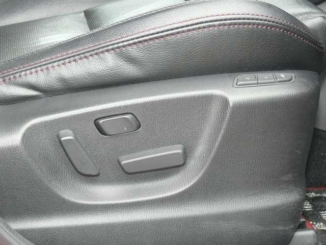 2.2 XD Lパッケージ ディーゼルターボ 4WD 黒革シート エアバック ABS アルミ(16枚目)