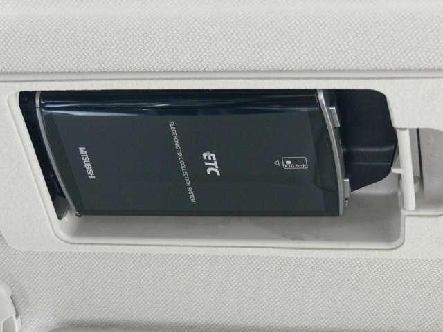 2.2 XD Lパッケージ ディーゼルターボ 4WD 黒革シート エアバック ABS アルミ(20枚目)