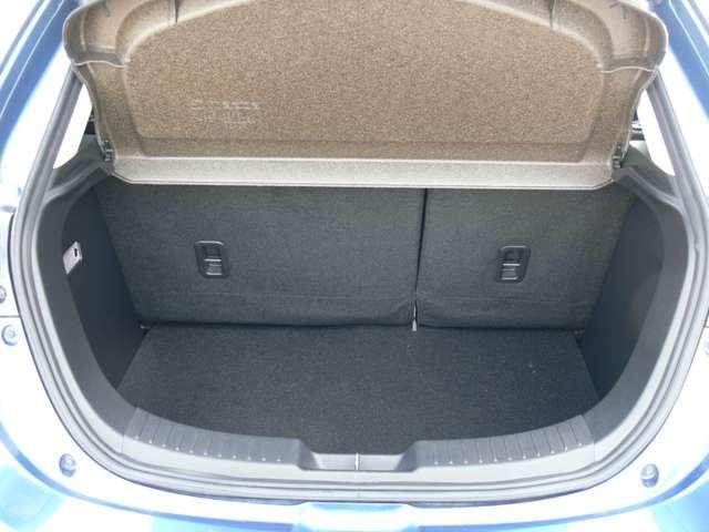 1.3 13S ツーリング 4WD エアバック ABS ナビ TV アルミ(11枚目)