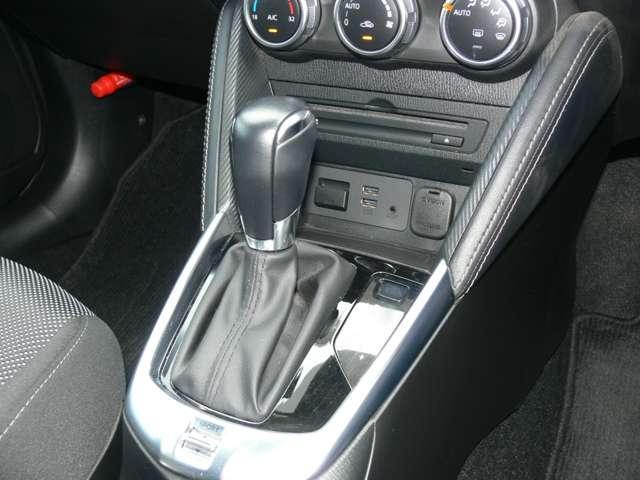 1.3 13S ツーリング 4WD エアバック ABS ナビ TV アルミ(14枚目)