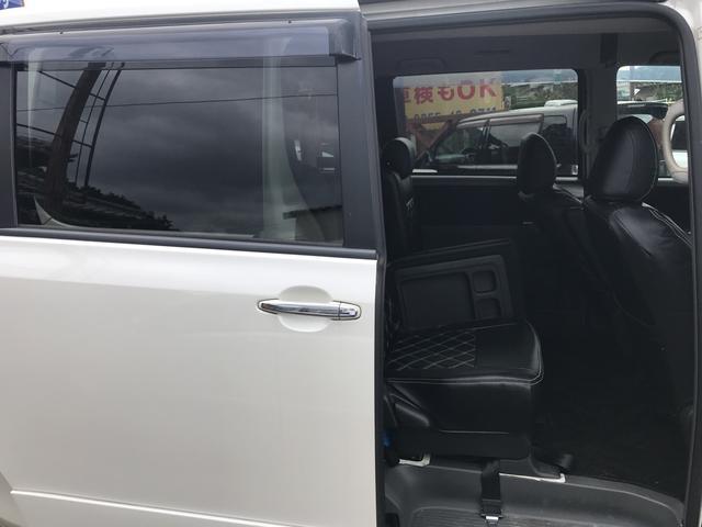 「トヨタ」「ヴォクシー」「ミニバン・ワンボックス」「佐賀県」の中古車31
