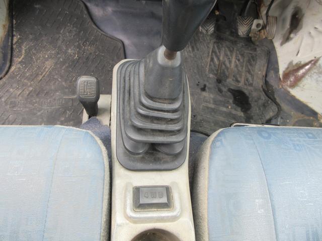 ダンプ 4WD タイベル交換済 エアコン 次回車検31年7月(9枚目)