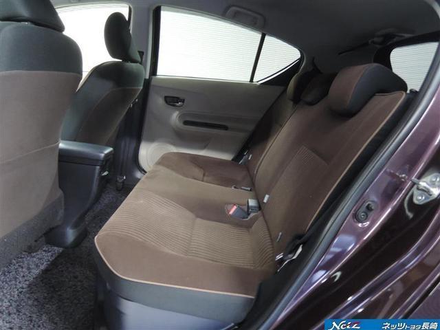 後部座席はシートの座面を長くし、ゆとりある着席姿勢を保てるようにシートバックの角度を最適化したシートを設定☆ゆったりとした空間で同乗者の方もくつろいでいただけます(o^。^o)