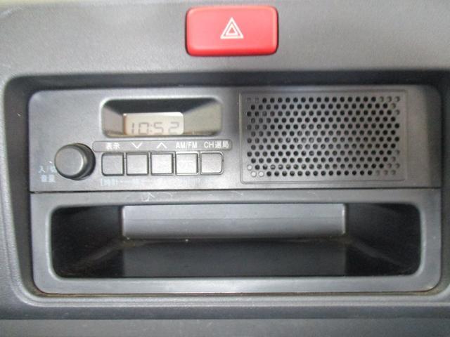 TB 1年保証付 5速MT 4WD 三方開 エアコン パワステ 純正ラジオ(12枚目)