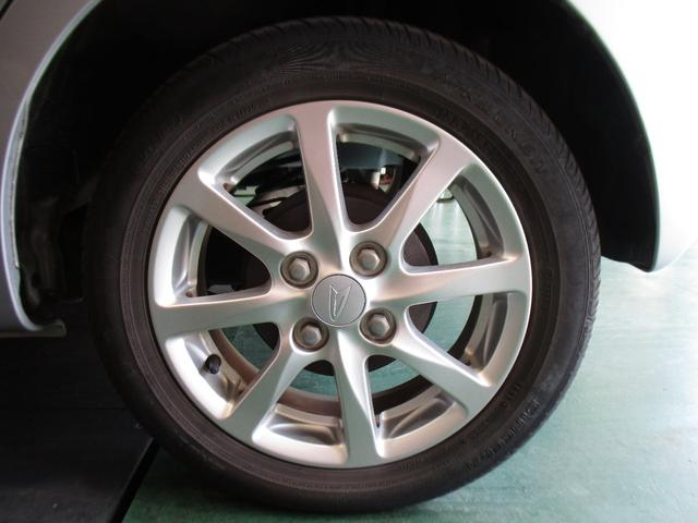 X スマートキー オートライト 社外CDオーディオ ベンチシート 電動格納ミラー エアコン パワステ ABS フルフラット 禁煙車(22枚目)