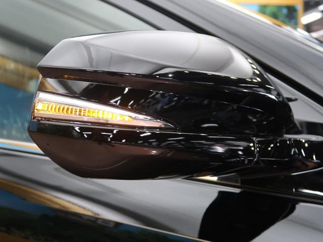 トヨタ ハリアー プレミアム 新車未登録車 ムーンルーフ クリアランスソナー