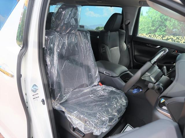 運転席も広々としています。長距離運転をする際は疲れの軽減ができ快適に運転できることができるでしょう^^