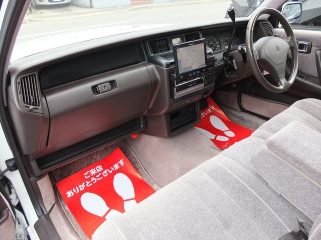 ロイヤルサルーン 車検R5年6月 コラムオートマ ベンチシート サンルーフ HDDナビ バックカメラ フルセグ ETC ホワイトリボンタイヤ(21枚目)