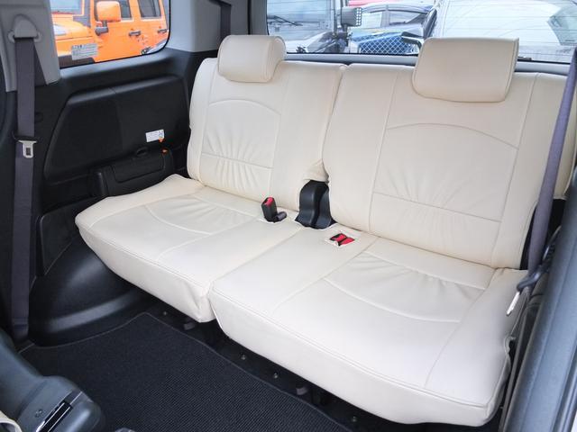 スパーダS HDDナビ スマートスタイルED ワンオーナー禁煙車 本革調シートカバー フリップダウンモニター 両側電動スライドドア キセノンヘッドライト LEDフォグライト(24枚目)