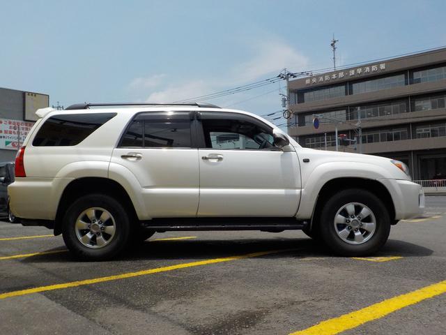 「トヨタ」「ハイラックスサーフ」「SUV・クロカン」「長崎県」の中古車5