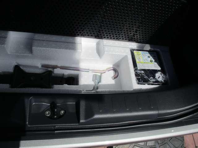 ナビまたはオーディオとなります。作動確認はもちろんの事、納車前に正常に全て機能しているかなど点検させて頂きます。また装着品につきましては三菱認定保証の保証対象となりますのでご安心下さいませ。