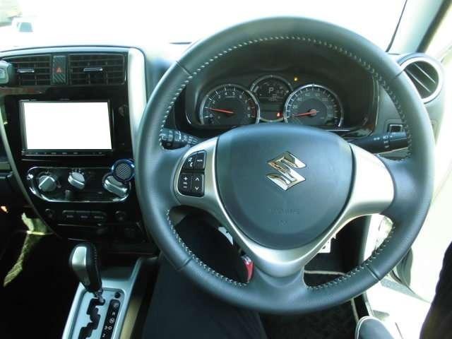 ランドベンチャー 4WD ナビ フルセグTV バックカメラ(9枚目)