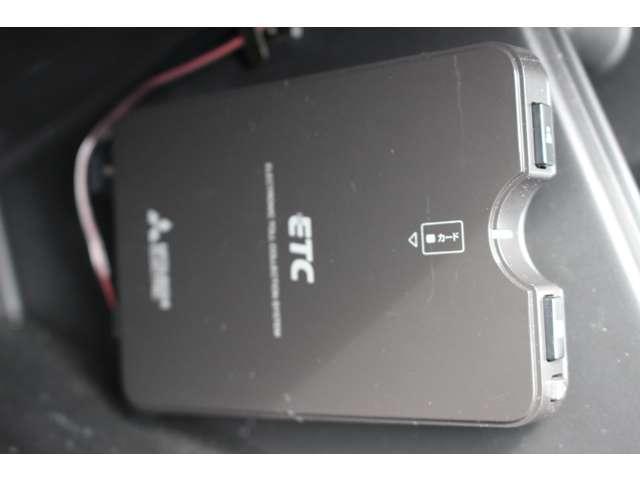 XL メモリーナビ パートタイム4WD 1オーナ 地デジ アルミホイール キーレス ナビTV 定期点検記録簿 ABS エアコン 横滑防止装置 パワステ(19枚目)
