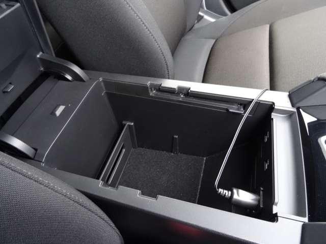 15Sツーリング AW 衝突軽減装置 1オーナー LEDヘッドライト バックカメラ フルセグTV スマートキー ナビTV メモリーナビ キーレスエントリー レーダークルコン DVD(38枚目)
