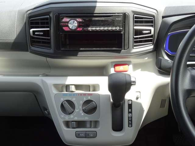 X SAIII 衝突軽減装置 キーレスキー エコアイドル CDステレオ ABS エアコン エアバック 横滑防止装置 アルミ デュアルエアバック パワステ パワーウィンドウ(22枚目)