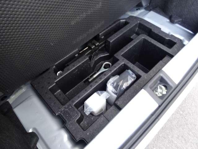X SAIII 衝突軽減装置 キーレスキー エコアイドル CDステレオ ABS エアコン エアバック 横滑防止装置 アルミ デュアルエアバック パワステ パワーウィンドウ(35枚目)