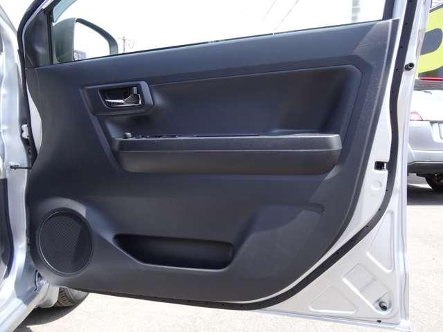 X SAIII 衝突軽減装置 キーレスキー エコアイドル CDステレオ ABS エアコン エアバック 横滑防止装置 アルミ デュアルエアバック パワステ パワーウィンドウ(42枚目)