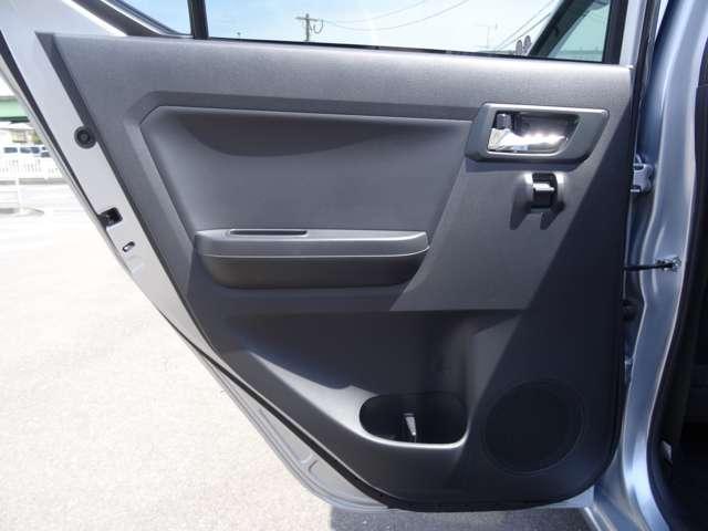 X SAIII 衝突軽減装置 キーレスキー エコアイドル CDステレオ ABS エアコン エアバック 横滑防止装置 アルミ デュアルエアバック パワステ パワーウィンドウ(45枚目)