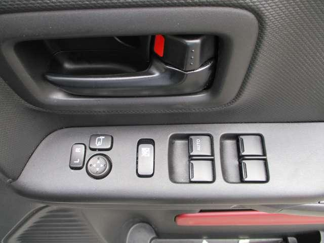 ハイブリッドX 禁煙 TV フルセグ シートヒータ キーレス スマートキー オートエアコン ABS 盗難防止システム ベンチシート パワステ サイドエアバッグ アイドリングS プリクラッシュ 両Pスライドドア Bカメ(33枚目)