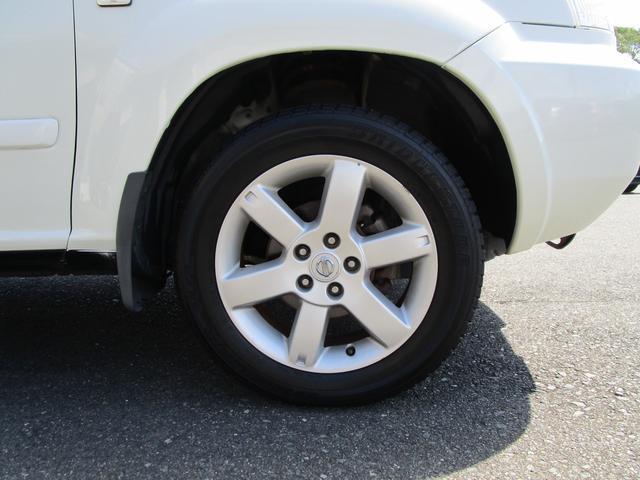X 4WD 後期 防水レザーシート SDナビ ワンセグTV CD ETC スマートキー 電動格納ミラー 純正17インチアルミホイール シートヒーター フォグランプ タイミングチェーン PWウィンドウ(10枚目)
