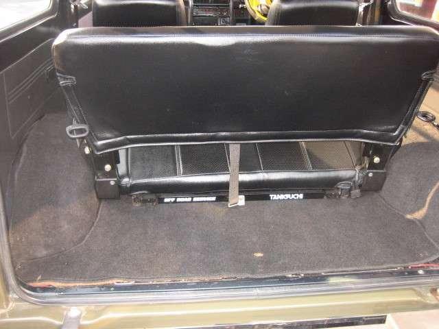 ワイルドウインドリミテッド 4WD レザー調シートカバー社外(8枚目)
