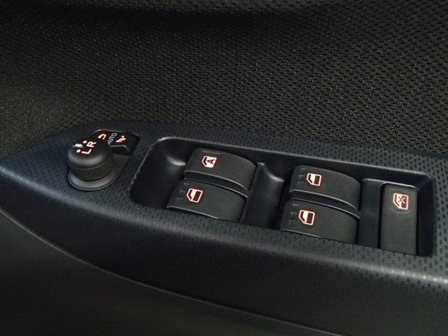 XリミテッドII SAIII 届出済未使用車 LEDライト(17枚目)