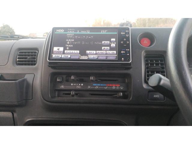 ジャンボ 4WD エアコン パワステ 5速マニュアル車 LEDヘッドライト 社外15インチアルミホイール ボコボコタイヤ 革調シートカバー メッキパーツ オールペイント(11枚目)