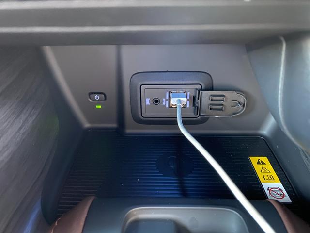 Z レザーパッケージ 自社デモカー4WDモデリスタエアロ調光ルーフITSコネクトパノラミックビュー寒冷地1500WコンセントJBLナビトヨタセーフティセンスBSMデジタルインナーミラー黒革エアパワーシート(24枚目)