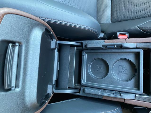 Z レザーパッケージ 自社デモカー4WDモデリスタエアロ調光ルーフITSコネクトパノラミックビュー寒冷地1500WコンセントJBLナビトヨタセーフティセンスBSMデジタルインナーミラー黒革エアパワーシート(29枚目)