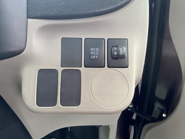 X X ユーザ買取 CDプレイヤー プライバシーガラスタイヤ6部山以上 車検令和年5月(25枚目)